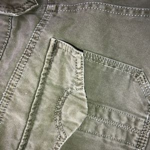 Sanctuary Shorts - SANCTUARY olive distressed shorts/flap pockets